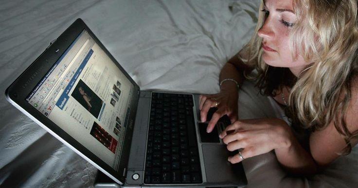 L'odio in Rete e le conseguenze sulla realtà Qual è il confine tra la parola online e le conseguenze sulla vita fisica? I licenziamenti per un tweet sbagliato e gli atti di cyberbullismo dimostrano che Internet non è una realtà a sé