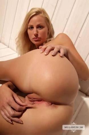 Naked women pinterest