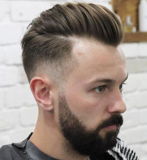 Frisuren Fur Manner Mit Hoher Stirn Und Geheimratsecken 2021 In 2020 Frisur Hohe Stirn Haarschnitt Manner Haarschnitt
