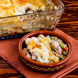 Shepherd's Pie with Garlic-Parmesan Cauliflower Topping