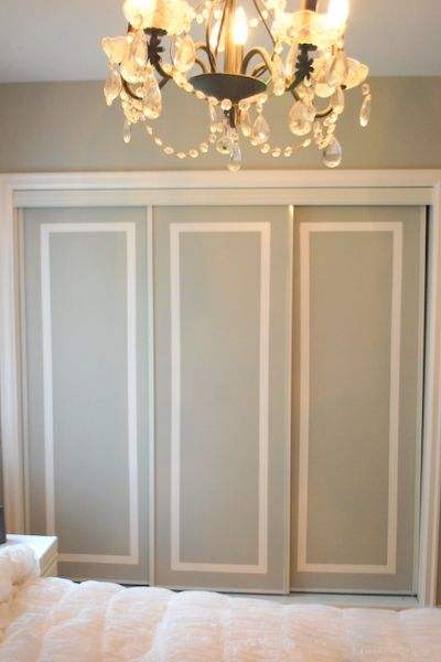 Two-tone closet doors. Such an AWESOME and easy fix to those flimsy sliding doors. I love how this adds a suggestion of architectural detail.