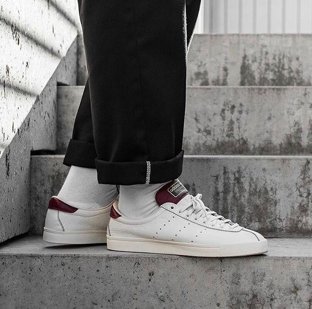 Sneakers, Adidas spezial