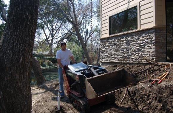 Final Touch Landscape has been offering some of the best lawn care services for your outdoor spaces for the last 15 years. They specialize in irrigation repair, brick and stone work, tree trimming, and more.