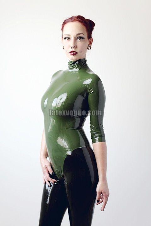 Gee taken by Benn Murhaaya in our latex olive zipperless bodysuit More at: http://www.latexvogue.com/ Photograph: www.murhaaya.com Model: https://www.facebook.com/GeeTheModel/
