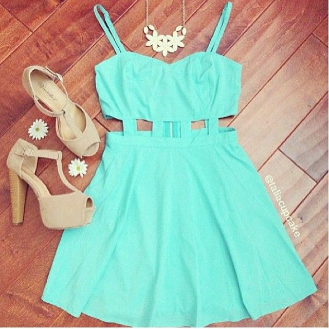 i cannot get enough of spring dresses
