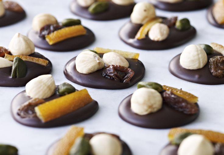 Chokolade-disketter med hasselnødder - BO BEDRE