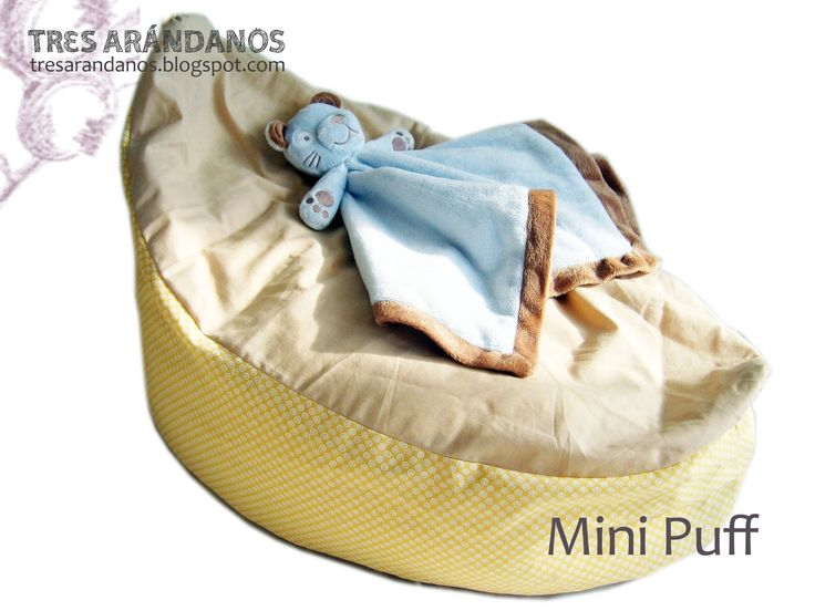 Baby bean bag with free pattern #tresarandanos #patrones #patronesgratis #bebe #nina