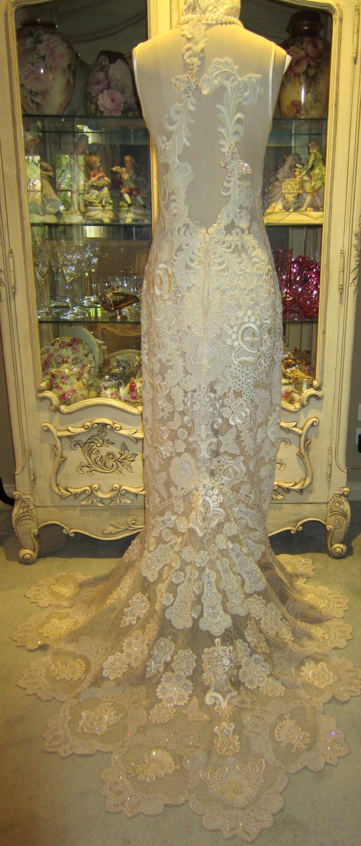 If we dream we can do - made from Jenny Haskins' fabulous lace. Jenny drew the lace, embroidered the lace and made the dress - simply to-die-for!