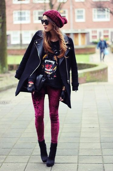 Barking dog sweater (by Virgit Canaz) http://lookbook.nu/look/4366423-barking-dog-sweater