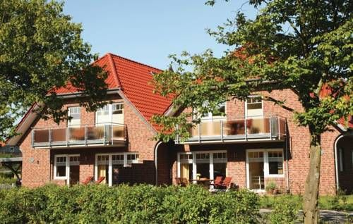 Apartment Ringstrasse F Wangerland Situated in Wangerland, this apartment is 46 km from Bremerhaven. The property is 19 km from Spiekeroog and free private parking is provided.  A dishwasher and a microwave can be found in the kitchen. A TV is featured.