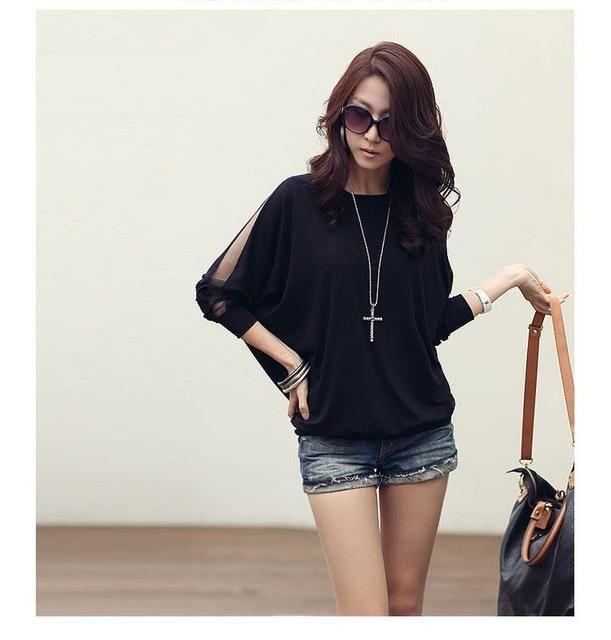 Bat-sleeve Side-sheer sleeved blouse