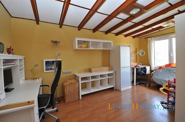 Аренда виллы, апартамента, квартиры в Ллорет да Мар.