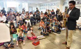 Diputado Irineo Molina se reúne con niños del Curso de Verano en la Cámara