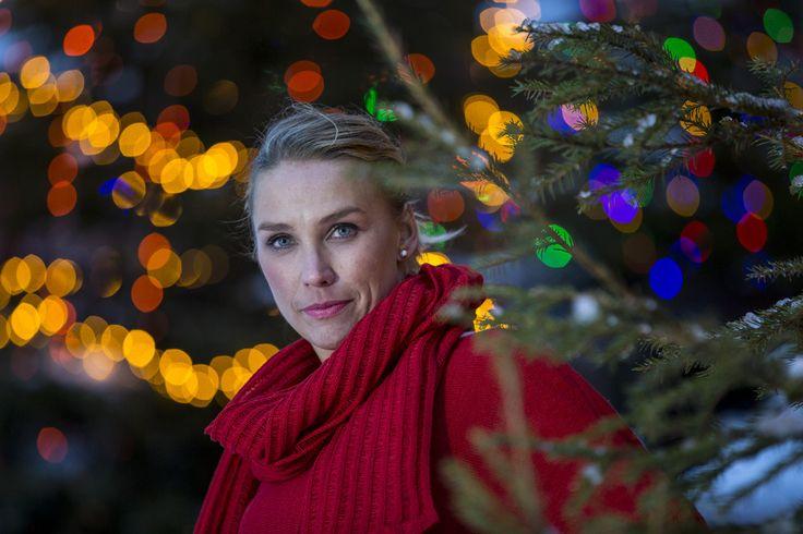 #piritadesign #huivit #scarves #skarfar #tucher #lapland #finland #linen #red #arcticcircle #napapiiri #pirita #design  #linen #knitwear #finnishdesign #lapland, #linendesign, #design, #dress #piritadesign #sodankylä #finland #scarves #huivi #kotimainen #suomalainentyö  http://pirita.fi/#1