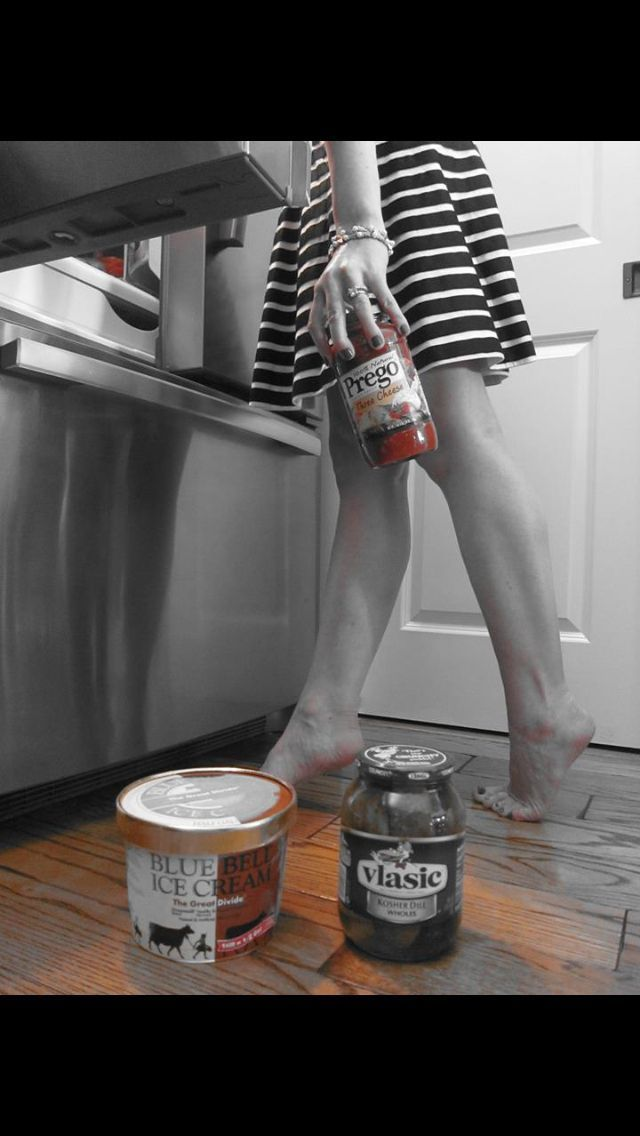 Some of the Funniest Pregnancy Announcements Of All Time - Baby Ice Cream