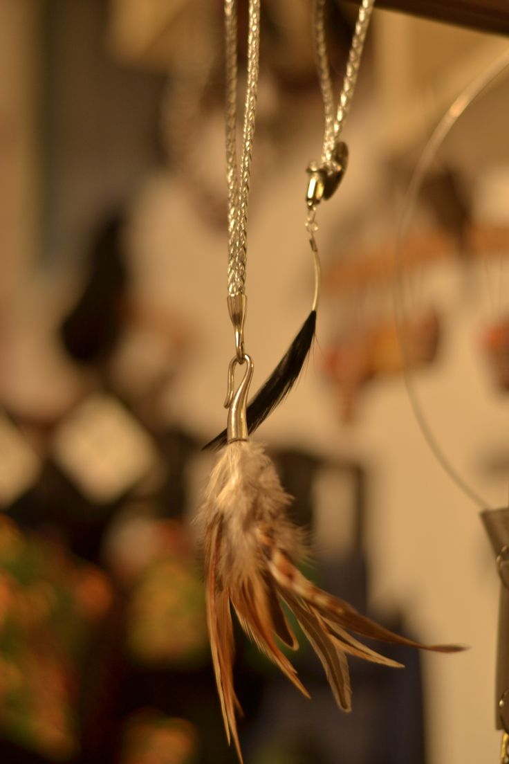 feather fore, feather behind