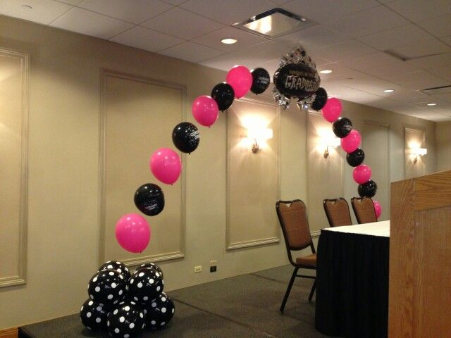 17 best images about parties kid graduations on pinterest for Balloon decoration for stage