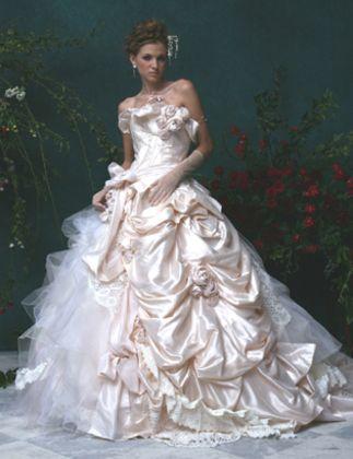 Stella de Libero elaborate wedding dress; but then, every Stella de Libero gown is an elaborate fantasy.