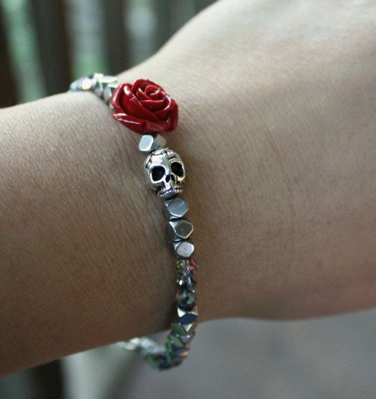 Made to order...please allow 4 days lead time, package ship 5 days from the purchase date  Skull Flower Bracelet  Beads...Hematite, Czech glass