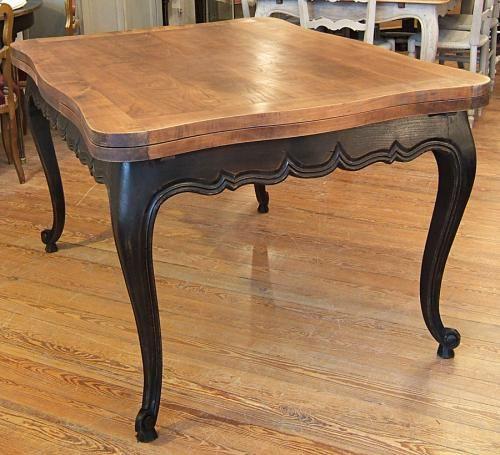 Table Louis XV patinée noir bois naturel