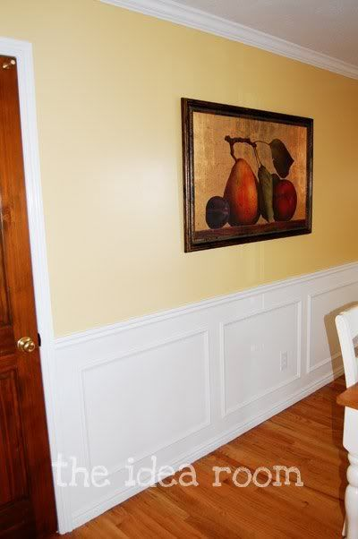 faux wainscotting-entry/stairwayDining Rooms, Wall Colors, Ideas Room, Breakfast Nooks, Master Bedrooms, Hallways Ideas, Pictures Frames, Diy Wainscoting, Baseboards