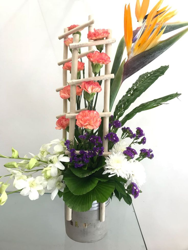 Blooms Only provides Flower delivery in pune with same day at best price. They provide all collection of flowers like Roses, Lilies, Orchids, Carnations, Mixed Flowers. Save money ordering flowers online in Pune. For More Details