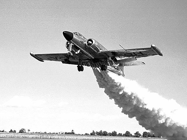 Avro Canada CF100 Canuck