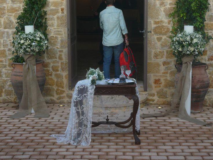 στολισμος εκκλησιας, λαμπαδες με αγριολουλουδα και λινατσα,..