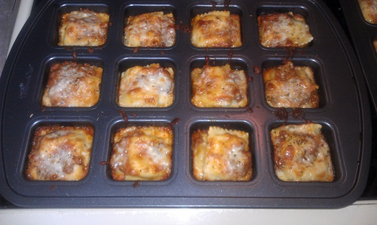 Mini Individual Lasagnas In Pampered Chef S New Quot Brownie