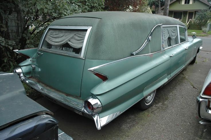 Beautiful sea foam hearse (58-62?)