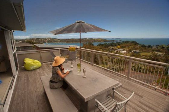 Bayview Retreat Oneroa in Oneroa, Waiheke Island   Bookabach Sleep 9, 4 bedrooms, 2 bathrooms, Linen and cleaning included in rent - $495 to $625