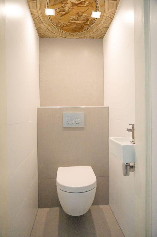 25 beste idee n over kleine toiletruimte op pinterest klein toilet toiletruimte en toilet - Deco in het toilet ...