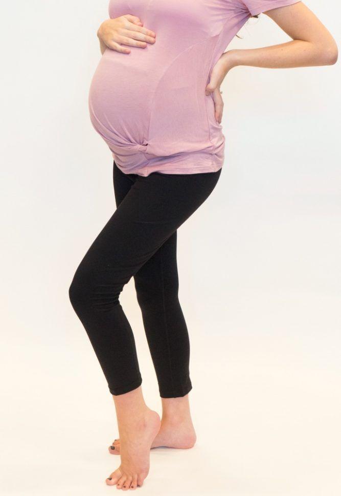 7158fec3b4f48 Maternity Crop Pants Basic Black - Sexy Mama Maternity Maternity  activewear. Maternity activewear outfit. Maternity activewear legging.