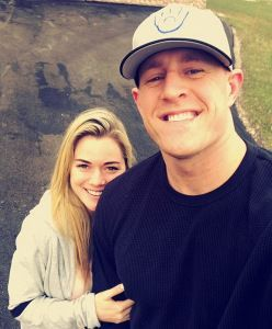 All the Times NFL Star J.J. Watt and His Girlfriend Have Been Totally Adorable - M2 VOICE