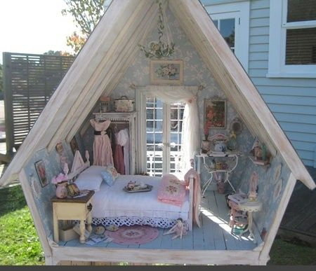Real-life dollhouse!