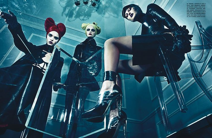 Title: A Point of View Magazine: Vogue Italia September 2011 Models: Crystal Renn, Jamie Bochert, Catherine McNeil, Lydia Hearst, Aymeline Valade Photographer: Steven Klein Stylist: Patti Wilson