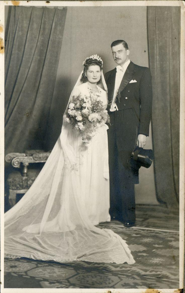 Wedding dresses circa 1940
