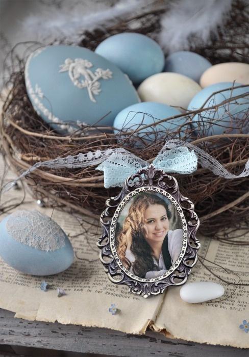 Yasaman Daghighi - Easter