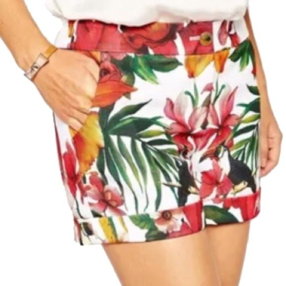 ❗️S A L E ❗️Ted baker floral shorts Amazing shorts never worn size 0 NWOT Ted Baker Shorts