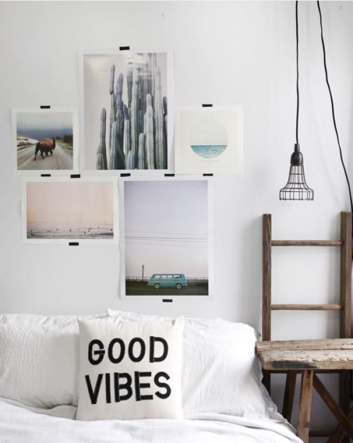 This is a cute room except for the good vibes pillow