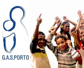 """O G.A.S.Porto – é uma Organização Não Governamental para o Desenvolvimento vocacionada para a Ajuda e Desenvolvimento Humano, guiada pelo lema """"Estamos Juntos"""". É constituído por mais de 200 voluntários, desde estudantes a pessoas em atividade profissional, e atua de forma multidisciplinar em áreas como o apoio e dinamização sociocultural, a saúde e a educação, desenvolvendo de forma sustentável 11 projetos nacionais e 3 missões internacionais."""