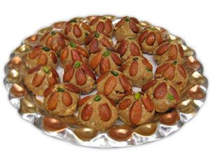 Find sweet and dry fruits at our online store at Tajonline.com. Get flat 10% off on minimum order value INR 1500. Apply code EID2017X9Y. Hurry up! For more information click here: http://www.tajonline.com/gifts-to-india/gifts-IBS217.html