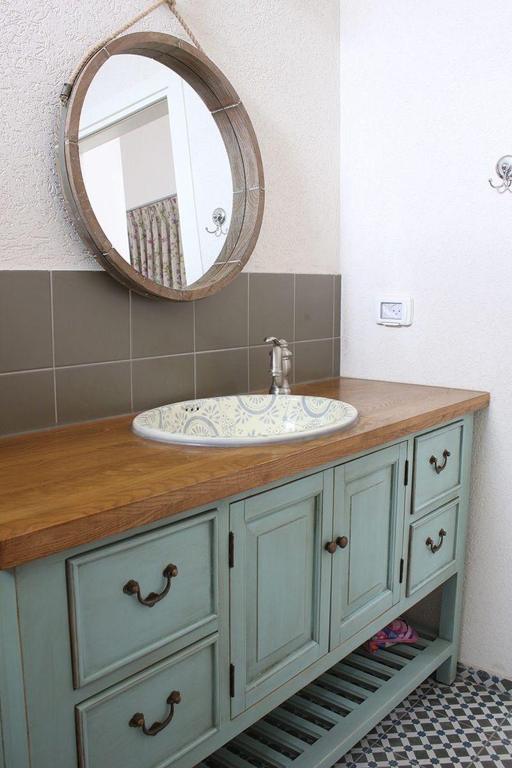 ארונות אמבטיה מעוצבים בשלל סגנונות צבעים וצורות מבית