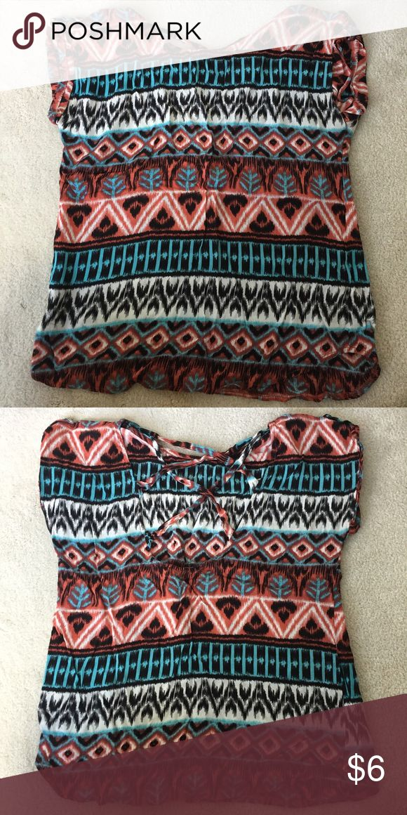 Aztec blouse Aztec blouse with open design in the back Ya Los Angeles Tops Blouses