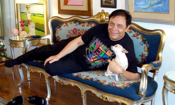 Cultura hollywoodiana ponta-grossense  Francisco Souto Neto   Vivi minha infância e adolescência em Ponta Grossa. No final da década de 40 vi a construção do Edifício Ópera, com cinco andares, o mais alto da cidade e o primeiro com elevador. Era um prédio residencial e seu andar térreo...