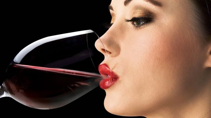 ESSENTIAL WINE AERATOR - Aerating Pourer Travel Decanter - Perfect For Gift NEW
