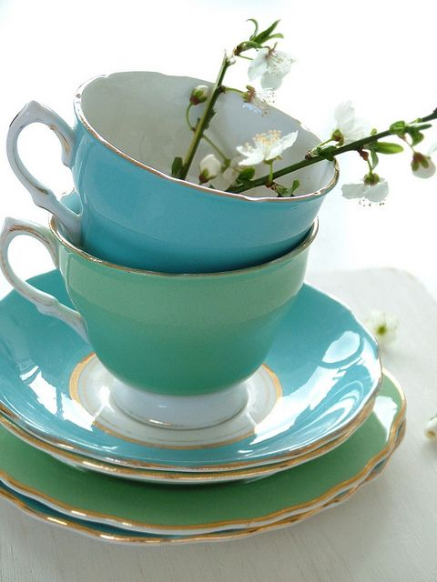 4:00 Tea...Teacups and Saucers...Love the contrasting colors!