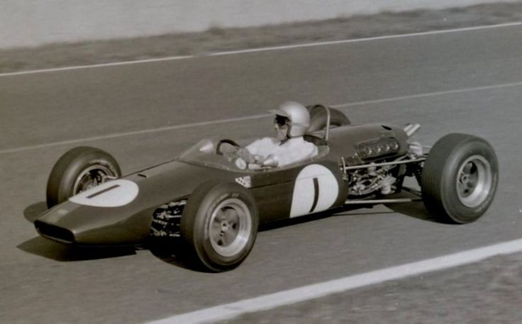 Jack Brabham - Brabham BT21 Honda - Brabham Racing Developments - Grand Prix de I'lle de France 1966