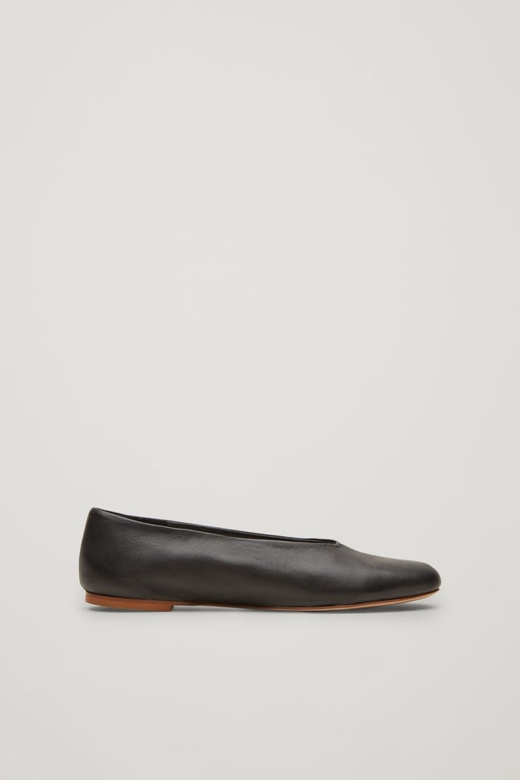 Designed for everyday wear, these slip-on shoes are made from soft, comfortable leather. They are completed with a flat leather sole and lightly cushioned interior.