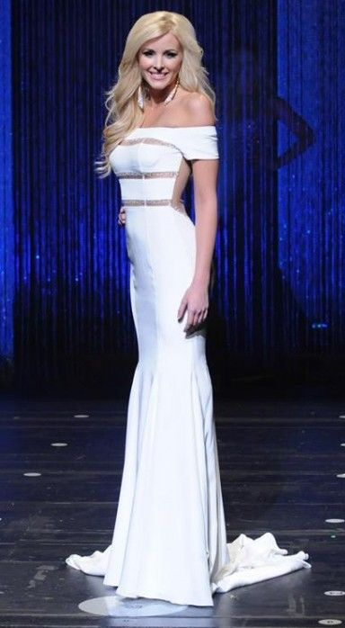 Miss Minnesota USA 2016 Finalist Evening Gown: HIT or MISS? | The Pageant Planet loves following state pageants and seeing all of the amazing contestants and their evening gown choices too. Let's take a look at Jennifer Monson, a finalist for Miss Minnesota USA 2016.  Read more: http://thepageantplanet.com/miss-minnesota-usa-2016-finalist-evening-gown/#ixzz3zAdZgAJ9